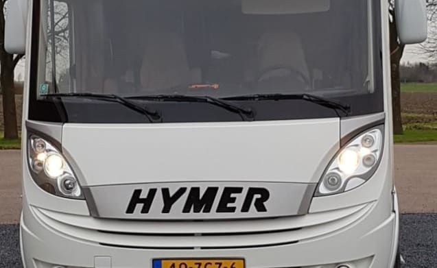 C1 driving license. Super luxury Hymer for 4 people.