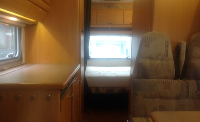 Very spacious family camper 6 person Fiat Ducato 2.8 jitd