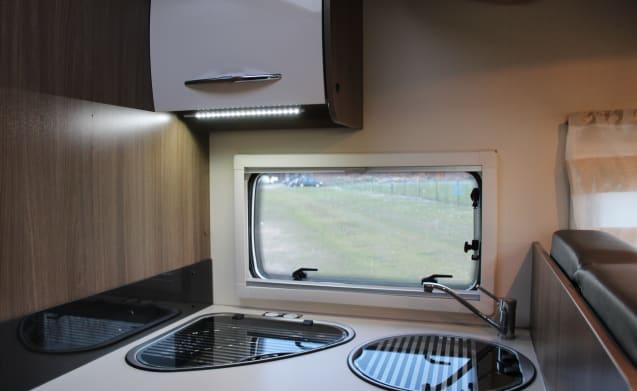 Le cherche bonheur – Luxury Family Camper with Queen Bed