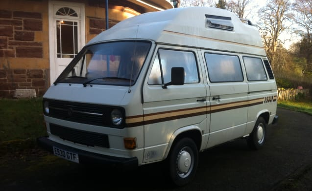 Komet Stripe – Classic VW Camper for Hire