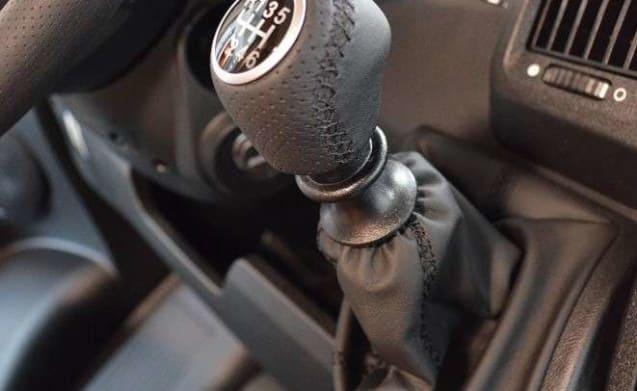 Half Integraal - Carado T 448 Fiat 150 Pk 2019 Handgeschakeld