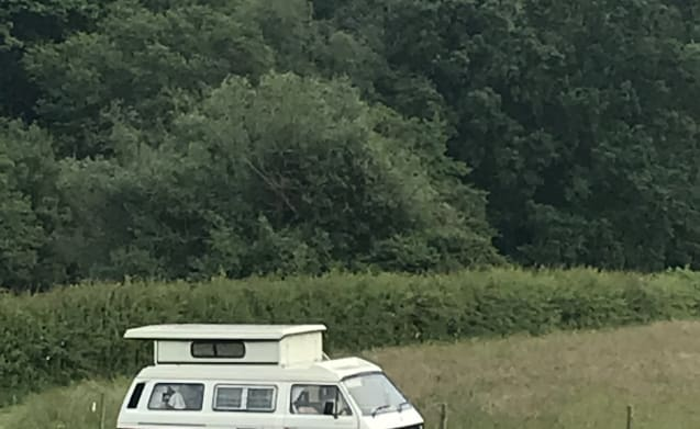 Maggie – Maggie the 1985 Classic VW T25