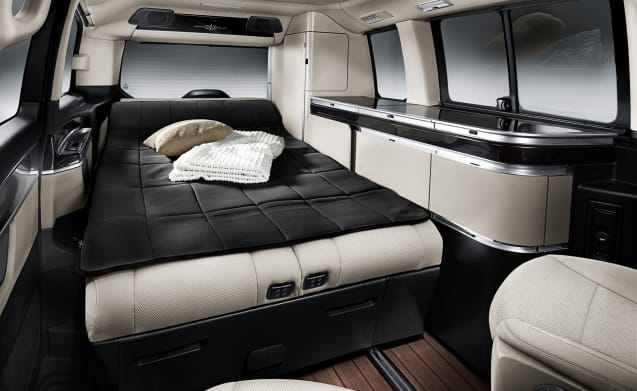 Very luxurious Mercede V-class Marco Polo Westfalia - Automatic