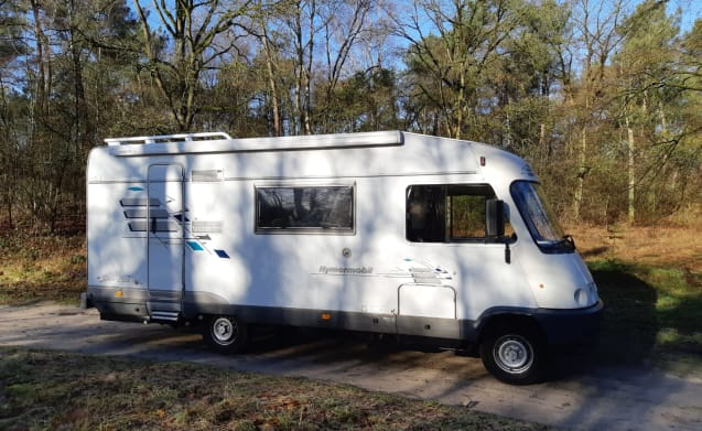 Camper 777 – Il camper ideale per 3 persone con tutto il lusso a bordo