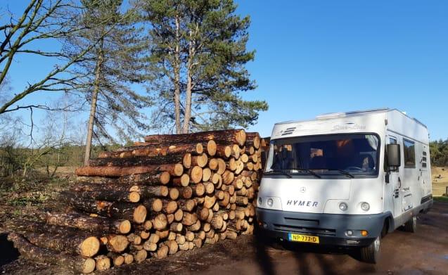 Camper 777 – De ideale camper voor 3 personen met alle luxe aan boord