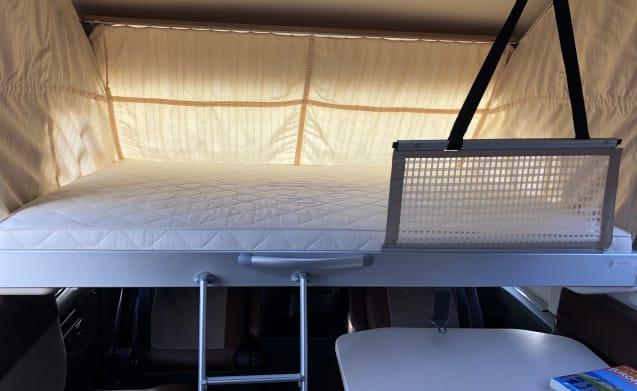LUXURY integral camper 2 people!