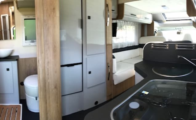 YOLO Camper – Familiemotorhome