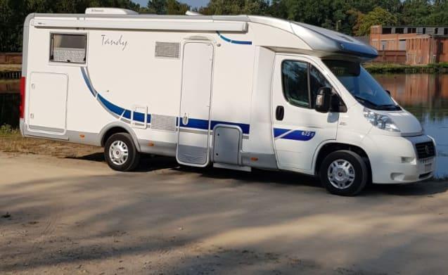 Baron v – baron's trendy family camper