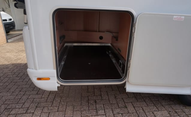 Very nice, comfortable, luxurious, 2 x 2-person beds of 200 x 140