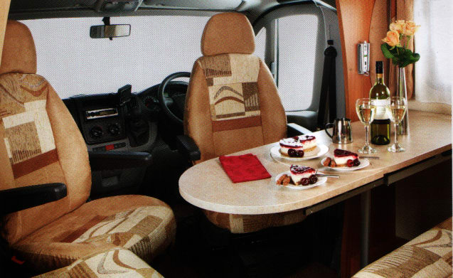 SWIFT VOYAGER 685FB luxury 4 berth Available at most UK airports
