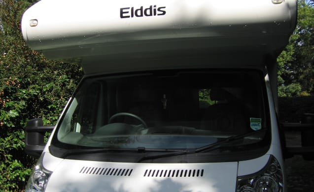 Elddis 180 sleeps 6 , U shaped dining area Available at most UK airports