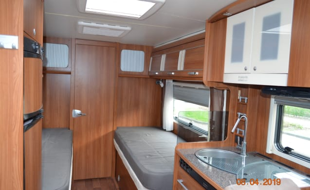 Luxury Camper fully equipped