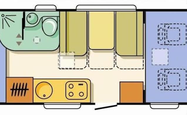 Knaus Sun Traveller – Knaus Sun Traveler - with 2 fixed double beds and a large garage