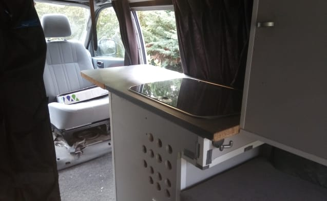 Offroad four wheel drive camper