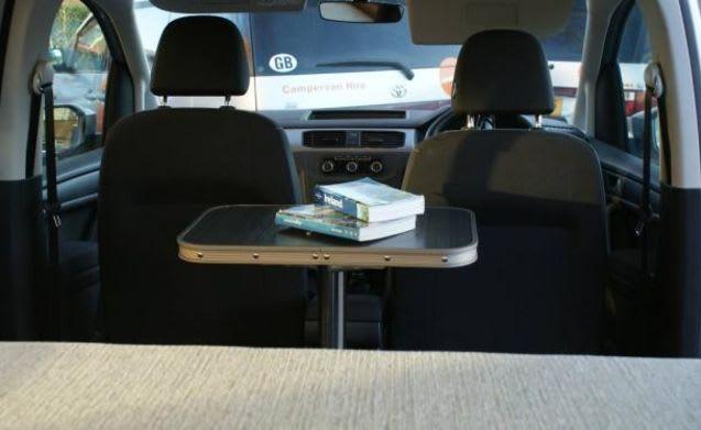 VW DELTA premium 2 berth (Dublin)