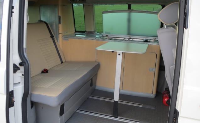 California Comfortline factory camper 130HP