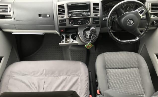 NEWLY CONVERTED VW Camper - T28 Highline