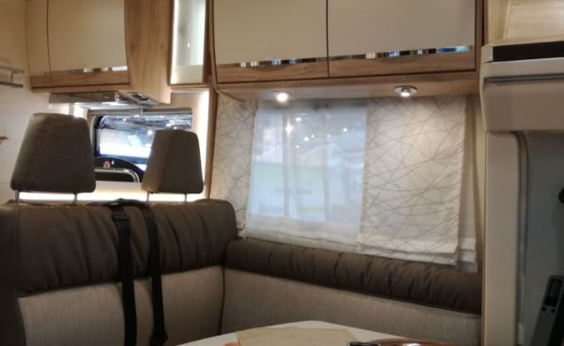 Euramobil Profila RS 695 QB