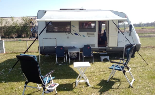 Hymer B574 integral for a nice trip or vacation