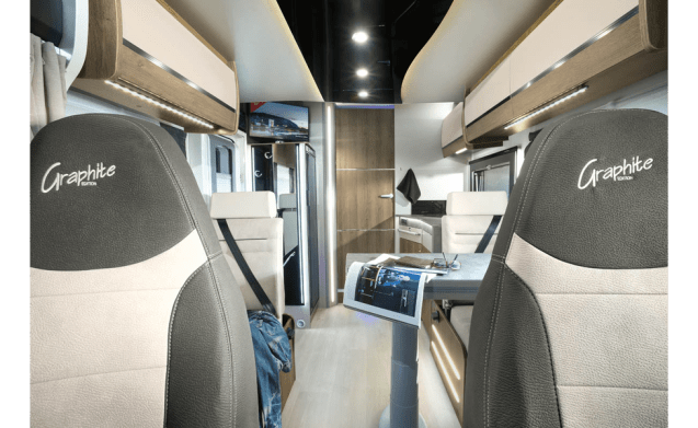 Challenger Graphite 348 – Brand new Challenger 348 with 4 sleeping places