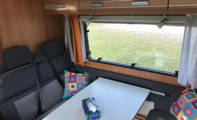 Ruime en complete camper voor 6 personen !