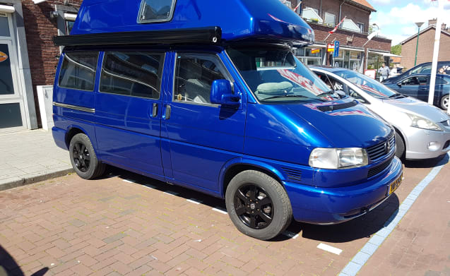 Bleu  – Volkswagen t4 westfalia with air conditioning