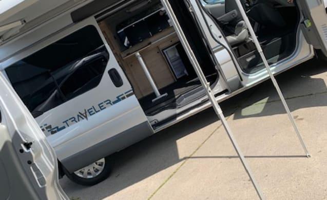 BusCamper Traveler – Unprecedented freedom with this 4-person BusCamper Traveler