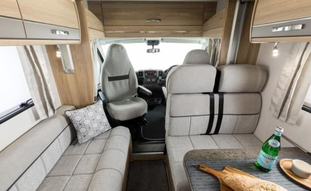 Elddis Autoquest 196. 2018 Model 6 Berth family friendly!