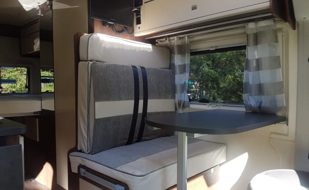 Bus camper Fiat Ducato 2.3 130pk  – Vonkel new bus camper (built 2019) 4 pers incl. Cabin air conditioning