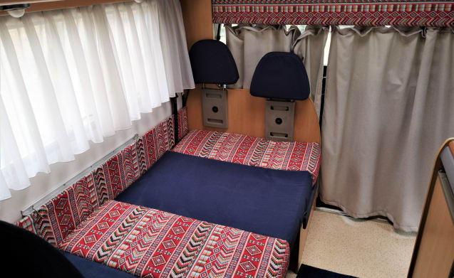 Santa Bárbara – Awesome camper in sunny Portugal (Located in Portugal)