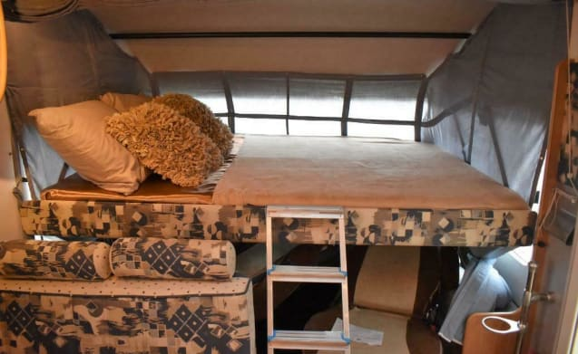 Beautiful and spacious camper with luxury bathroom for rent!