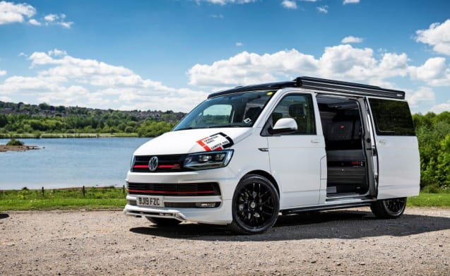 VW TRANSPORTER CAMPER RENTAL, HIGH SPEC SPORTS VAN