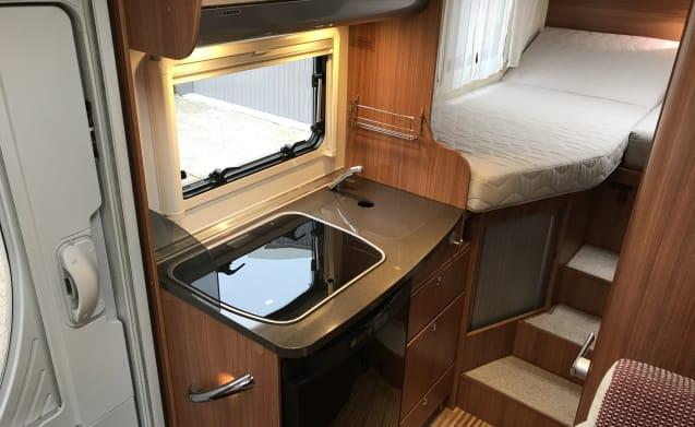 Beautiful Adria Compact SL