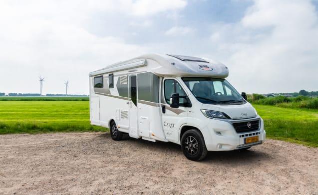 Luxe en comfortabele 4-persoons automaat camper