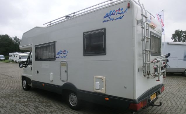Spacious, luxury family camper