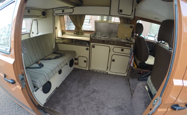 Very nice Volkswagen T3 Joker motorhome with high roof and 4 places to sleep