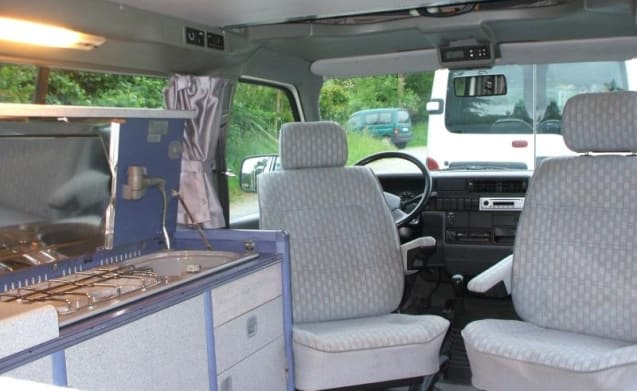 Our Compact Volkswagen T4 California is manoeuvrable and can be parked everywhere