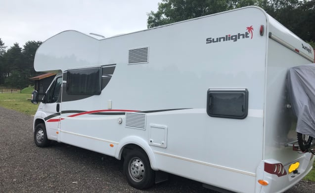 2017 sunlight a72 6 berth