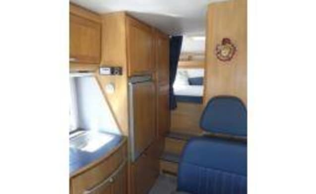 Very complete Hymer B644 for rent