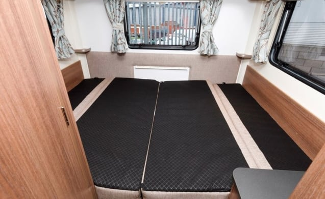 Bailey Advance 70-6, 2019, Brand New! 6 berth, lots of space!