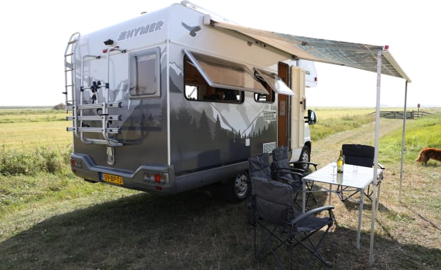 SUPER KNUSSE FIAT HYMER SWING. Fully equipped for 4 people