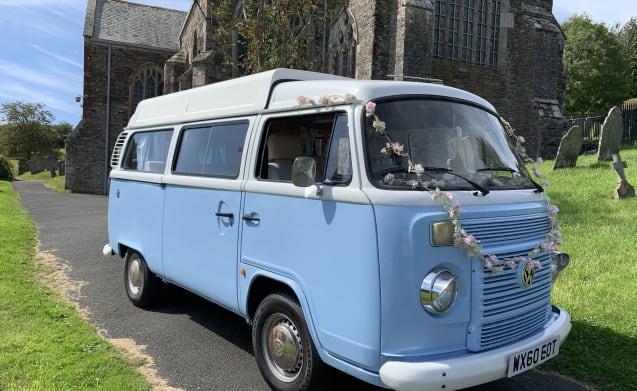Vuoi una comodità moderna e un tocco vintage VW T2? Incontra Doreen!