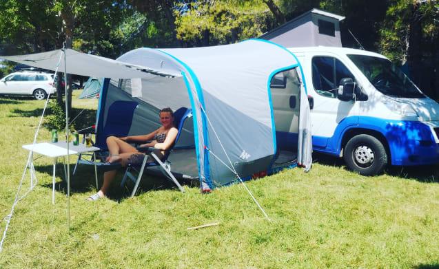 Camper compatto ma spazioso