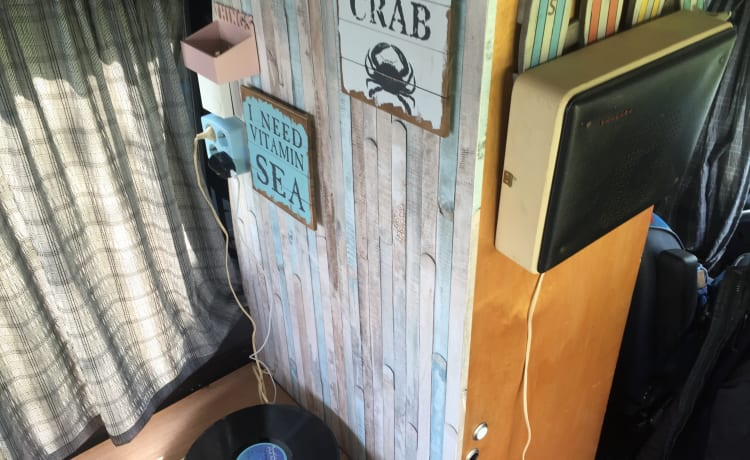 Cut the Crab – Cut the Crab (motorhome is for sale)