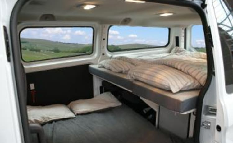 Voyager 4 berth (London)
