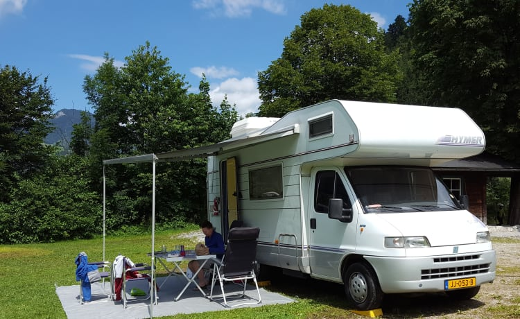 Tante Turtle – Compacte top Hymer camper voor een gezin of stel!