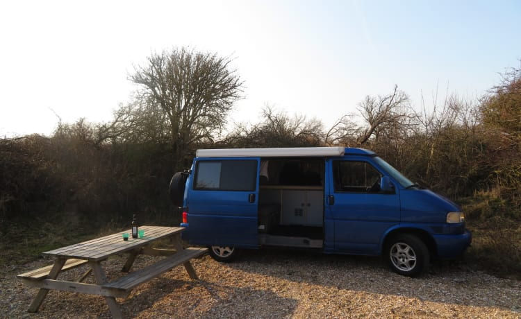 VW T4 4X4 Westfalia with 4G internet and stand heater