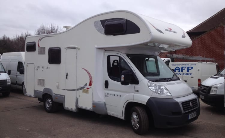 Roller Team 675 6-Berth Yorkshire Motorhome