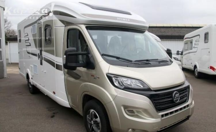 Hymer T678 Golden limited for rent for a wonderful travel adventure