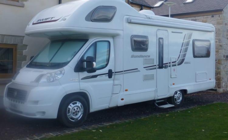 Motorhome Hire Chester & Wrexham 6 BERTH - Esplora Snowdonia e Galles del Nord
